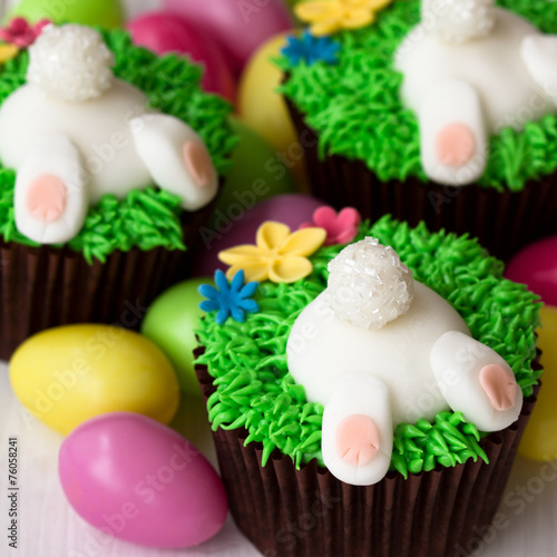 Easter bunny cupcakes - 76058241