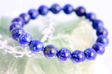 lapis lazuli / bracelet / gemstone totem