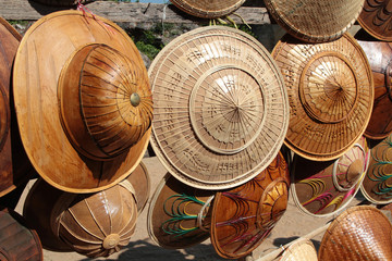 Chapeaux birmans