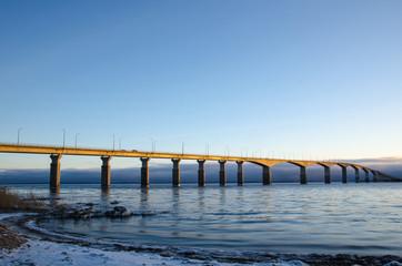 Winter morning at the bridge