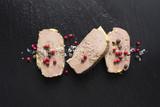 Tranche de Foie gras sur Ardoise - 76082047