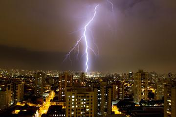 Raio na cidade de São Paulo, Brasil