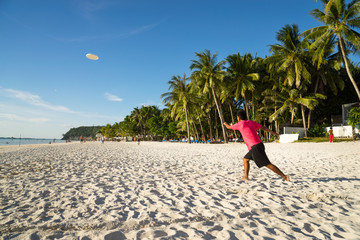 Frisbee on the beach