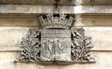 blason de la ville de Paris taillé dans la pierre