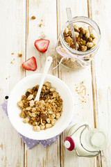 Bran and oats granola with fruits