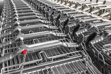 einkaufen Einkaufswagen © Matthias Buehner