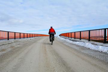 köprüyü bisikletle geçmek