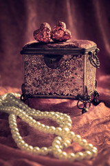 Jewel Casket & Pearls