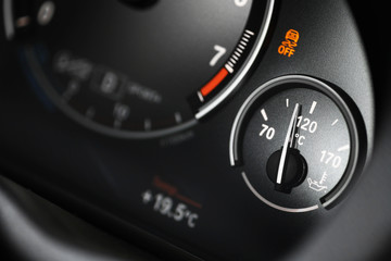 Coolant gauge