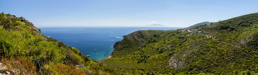 arcipelago toscano isola capraia panoramic view
