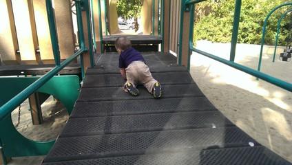 Baby Crawling 2