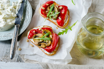 Bruschetta with mushrooms and peppers