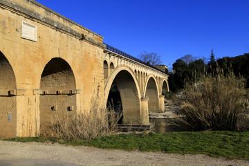 pont de Collias