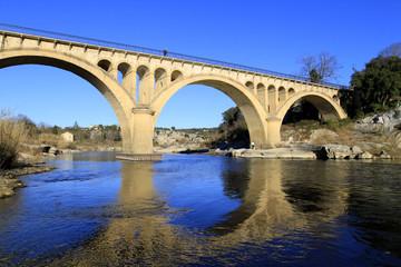 le pont de Collias