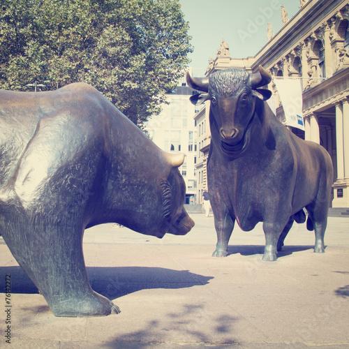 Bulls and Bears - 76142272