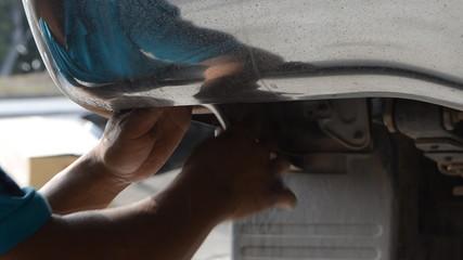 Engineer repair body car.