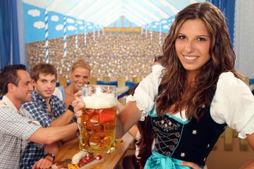 Bayerische Gruppe am Biertisch