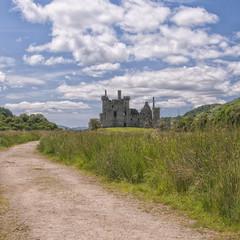 Road to Kilchurn Castle