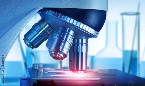 Leinwanddruck Bild Mikroskop im Labor