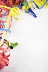 Sfondo Carnevale con stelle filanti colorati