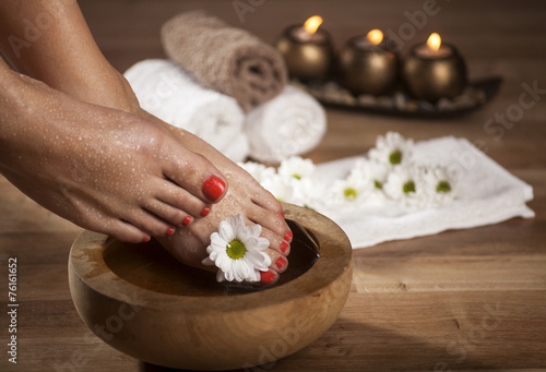 Foot Spa Background - 76161652
