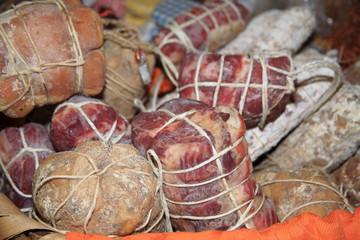 gastronomia salumi salame coppa carne di maiale