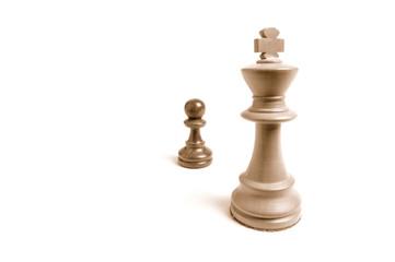 Mächtig und gross gegen machtlos und klein - Schachfiguren 2