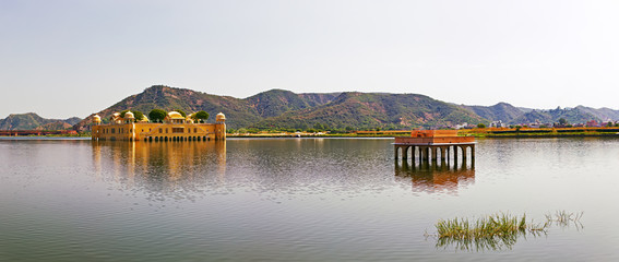 The palace Jal Mahal, Jaipur, India.