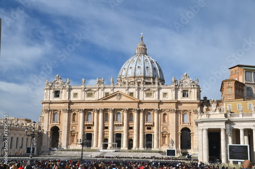 Saint Peter's Basilica in  Rome - 76195835