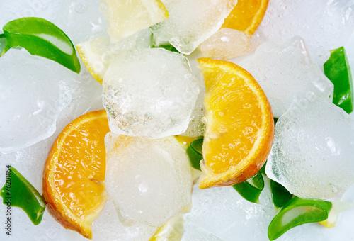 Fruits on ice - 76201854