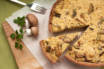 Cauliflower pie with mushrooms