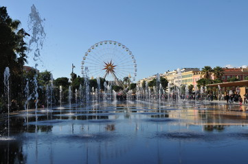 Ferris Wheel in Nice with Fountain