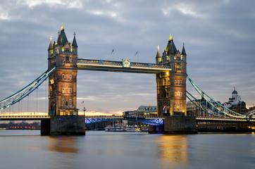 London, Tower Bridge (ultra sharp)