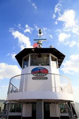 遊覧船の操舵室