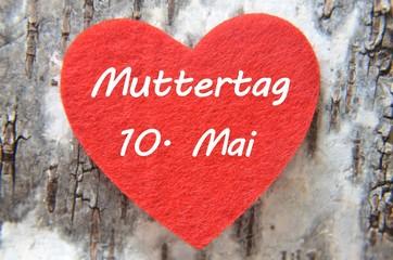 Muttertagsherz mit Schriftzug und Datum
