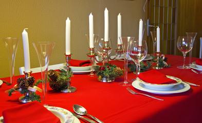 Set table at Christmas