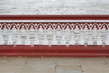 Fence bridge