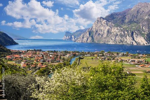 Herrlicher Blick zum Gardasee, Italien Poster