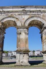 arc de triomphe de saintes