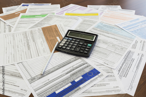 Rozliczenia podatku rocznego PIT, uniwersalny - 76241807
