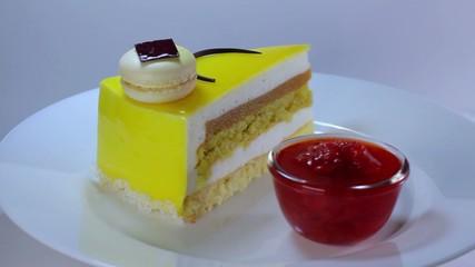 revolves cake