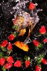 abstrakte Kunst - Stillleben - Orange und Erdbeeren