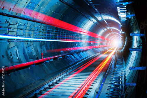 Plexiglas Tunnel Subway Tunnel