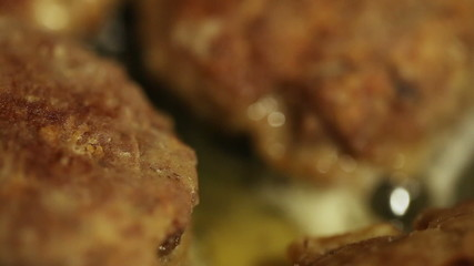 Roasting meatballs
