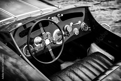Wooden Motor Boat Dashboard - Black and White - 76262658