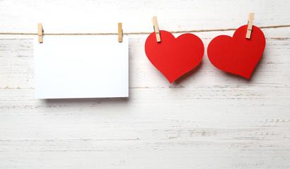 Papier mit Herzen