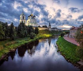 Былой портрет Пскова Former portrait of Pskov
