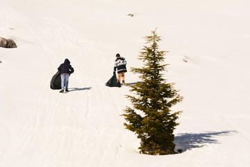 dağda kaymak için hazırlık