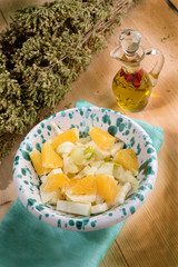 SALAD WITH ORANGE, FENNEL AND LETTUCE