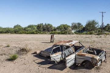 macchina abbandonata
